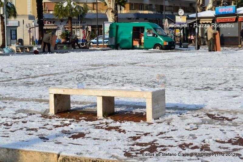 65%29__Piazza_Rossellini_di_Stefano-001.jpg