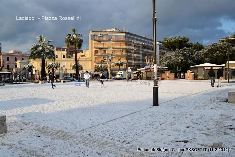 66%29_Piazza_Rossellini_Stefano-001.jpg